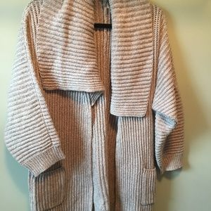 Vince Camuto sweater, size small